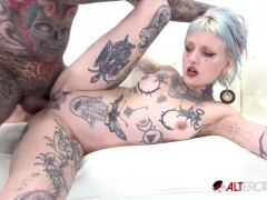 Pierced and tatted bombshell gets jammed by a huge shaft