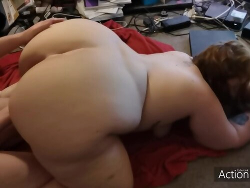 Amateur Couple Stay Up Late To Fuck