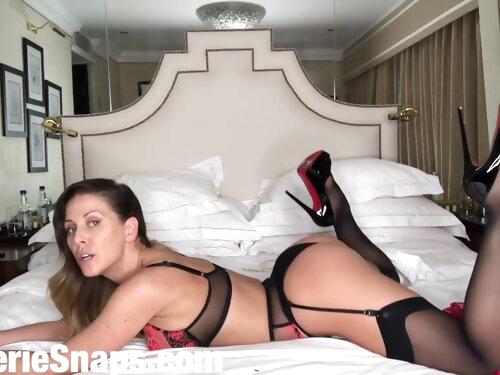 Solo For Snap Interrupted By Room Service With Cherie Deville