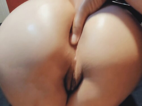Bubble Butt Latina Gets Fucked By Big Cock